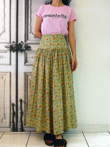 ロングロングスカート