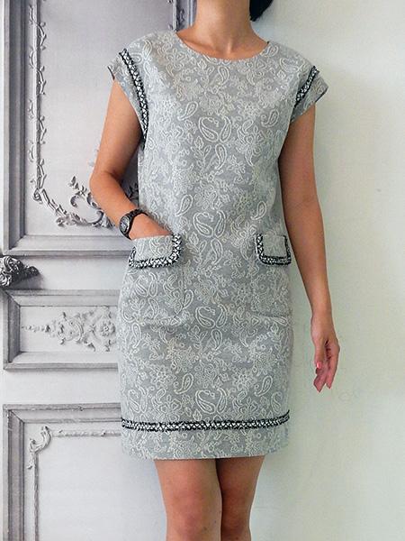 ジャガードペイズリーサックドレス